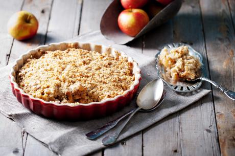 Apple, speculaas and oatmeal crumble