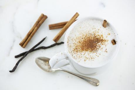 Warm milk with cinnamon